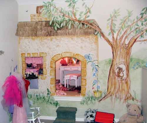 Picture of Little Girl's Room with Wall Mural - Secret Cove